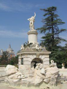 """Turismo en Aranjuez. """"Fuente de Hércules y Anteo"""""""